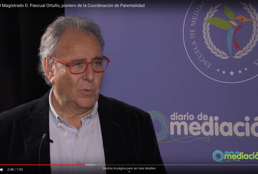 Elena Crespo entrevista Pascual Ortuño