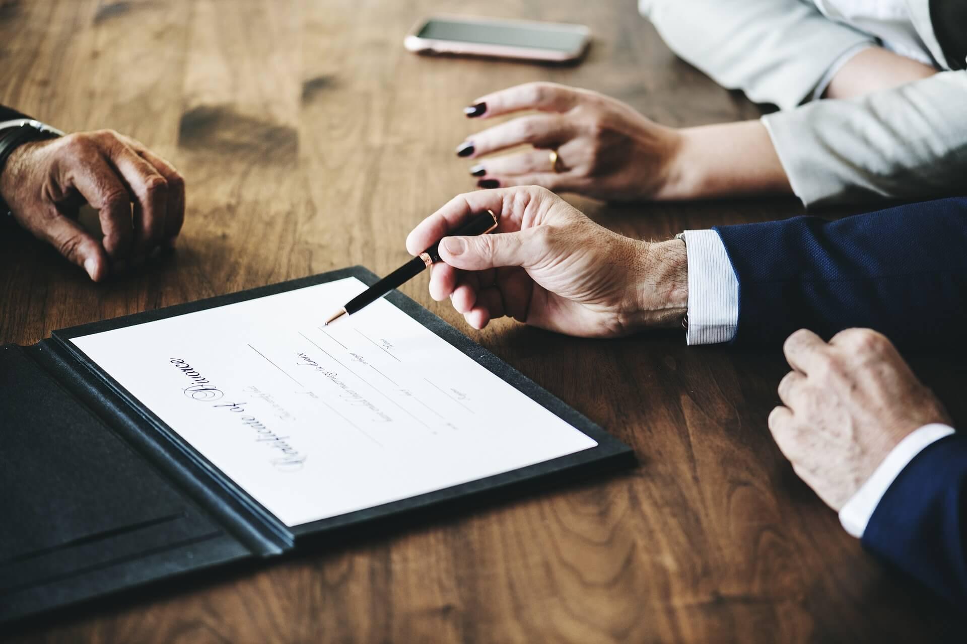 pension compensatoria vitalicia malos tratos abogados